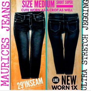 Maurices Jeans Size Medium Short Ultra Stretch Jeg